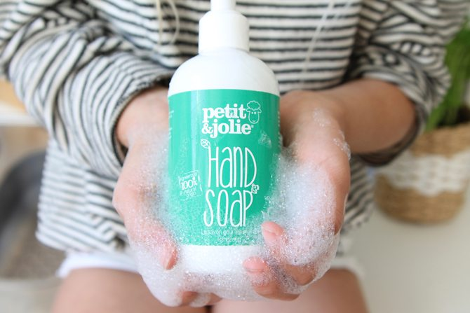 REVIEW MEREL : HANDZEEP PETIT & JOLIE