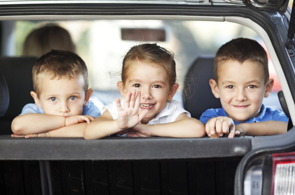 6 TIPS VOOR EEN LANGE AUTORIT MET KINDEREN